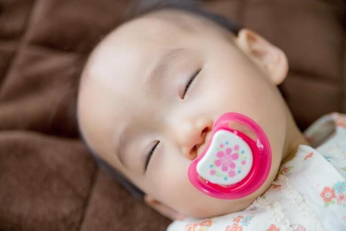 時間 遅い 寝る 赤ちゃん