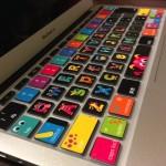 MacBook Airのキーボードがお洒落でいい感じに!カバーとステッカーを貼ったよ